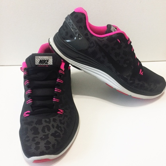 newest 0d0b1 47185 Nike LUNARGLIDE 5 Cheetah Print Sneakers
